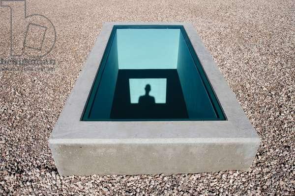 Equinox, 2005-09 (concrete & glass)