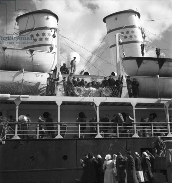 Illegal immigrants on a boat, Cyprus, 1949 (b/w photo)