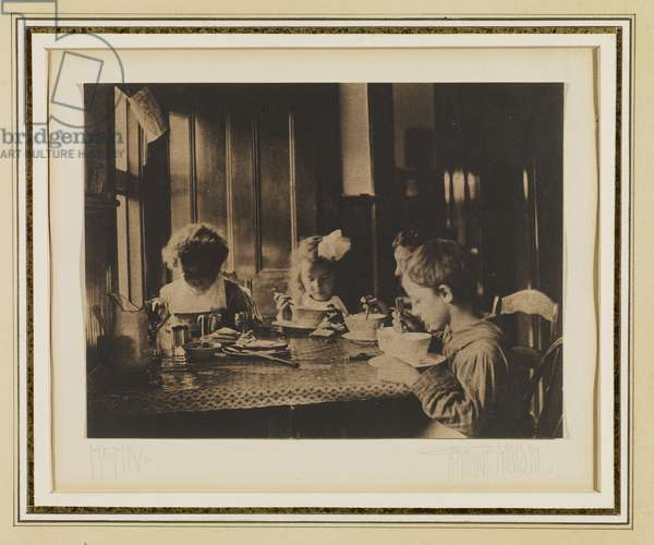 The Morning Meal, 1904 (platinum print)