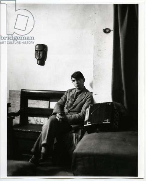 Zadkine in his studio, Paris, 1926 (silver gelatin print)