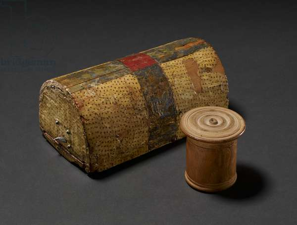 Jewellery box and pyxis (wood)