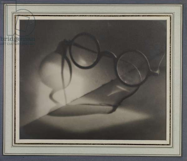 Loneliness and Glasses, c.1924 (gelatin silver print)