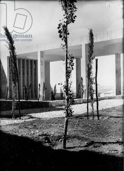 Hadassah Medical Organisation, Mount Scopus, c.1936-39 (b/w photo)