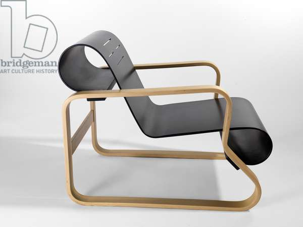Paimio armchair, 1931-32 (bent & laminated birch and lacquered bent plywood)