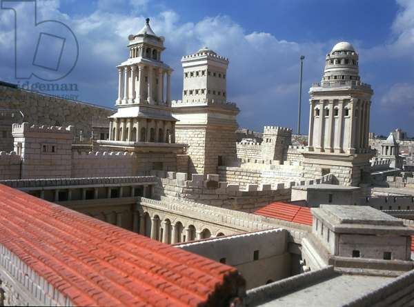 Model reconstruction of the Agora in Jerusalem in 66 AD viewed from the south with Herod's Palace on the left and the Citadel in the background (photo)