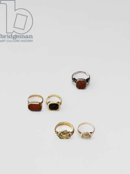 Assorted 18th century rings (mixed media)