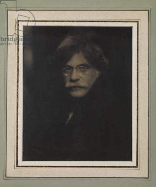 Self portrait, 1911 (platinum print)