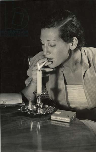 Eden Cigarettes, c.1936 (b/w photo)