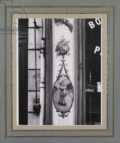 Rue Bonaparte, 1926 (gelatin silver print)