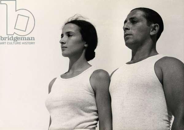 Sports in Israel, 1937 (b/w photo)