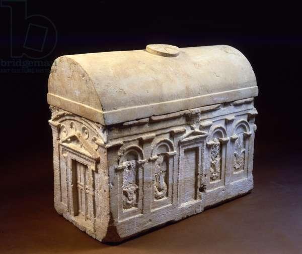 Ossuary with architectural decoration, Jerusalem (stone)