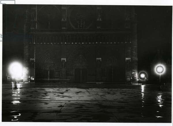 Notre Dame at night, Paris, 1925 (silver gelatin print)