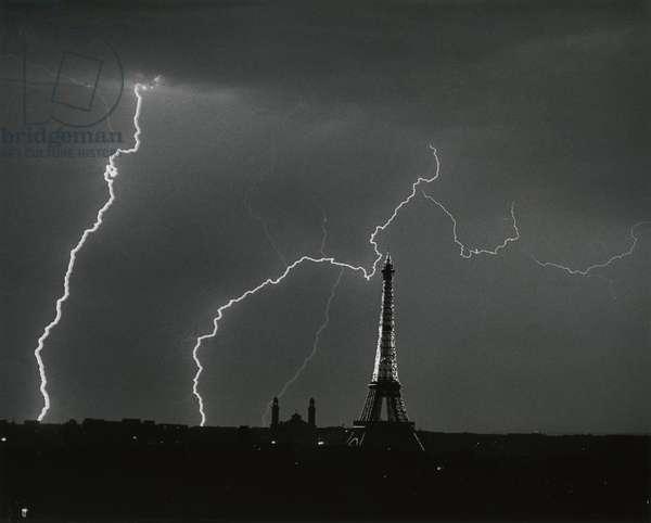 The Eiffel Tower, Paris, 1925 (silver gelatin print)