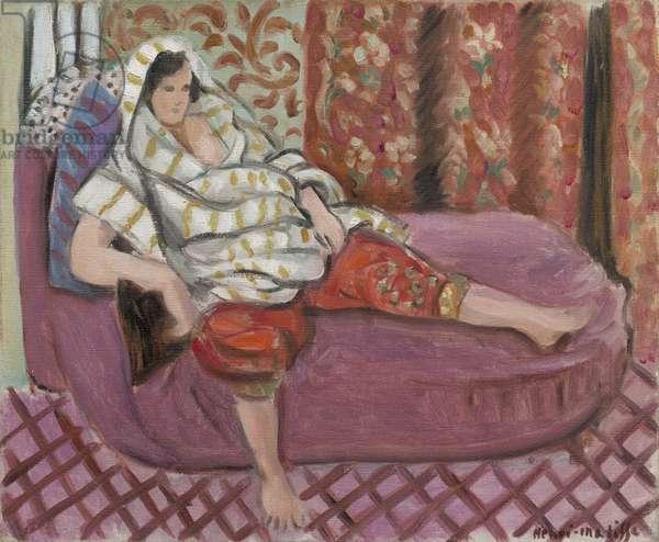 Woman on Rose Divan, 1921 (oil on canvas)