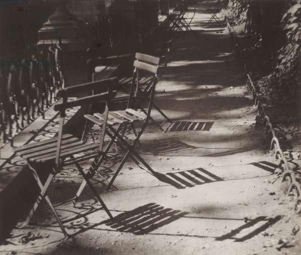 Chairs, Luxembourg Gardens, 1926 (gelatin silver print)