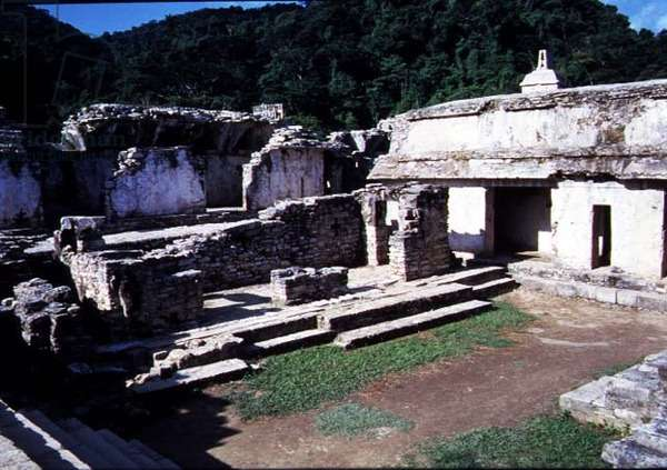 View of the Southwestern courtyard of the Palace, Maya, 7th-8th century (photo)