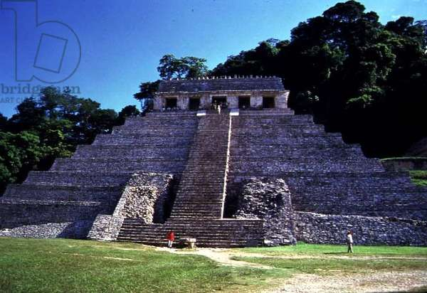 Facade of the Temple of the Inscriptions, Maya, 7th-8th century (photo)
