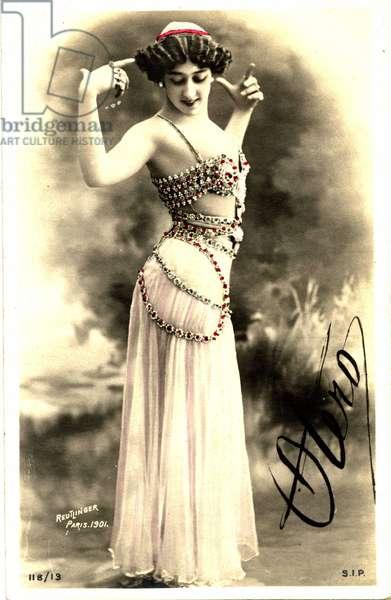 Caroline (La Belle) Otero (1868-1965), photograph Reutlinger, postcard with autograph. Paris, 1901. Coll. Jaime Abecasis
