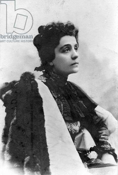 "Portrait of the Italian playwright Eleonora Duse (1858-1924), known as ""La Duse"", egerie of the poet Gabriele D'Annunzio. The beginning of the 20th century. Coll. Jaime Abecasis"
