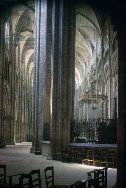 View of the interior, Durham Cathedral, built 1093-1289 (photo)