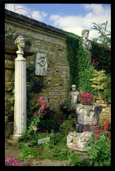 Sculptures by the north wall of the Italian Garden, Hever Castle, Kent (photo)