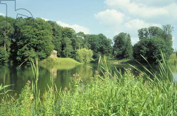 Temple and lake, designed by Capability Brown (1716-83) (photo)