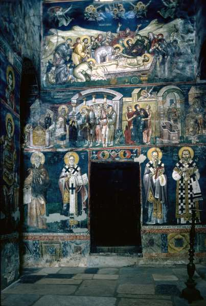 Interior of the church, built by the Byzantine official, Progonos Sgouros in 1295 (photo)