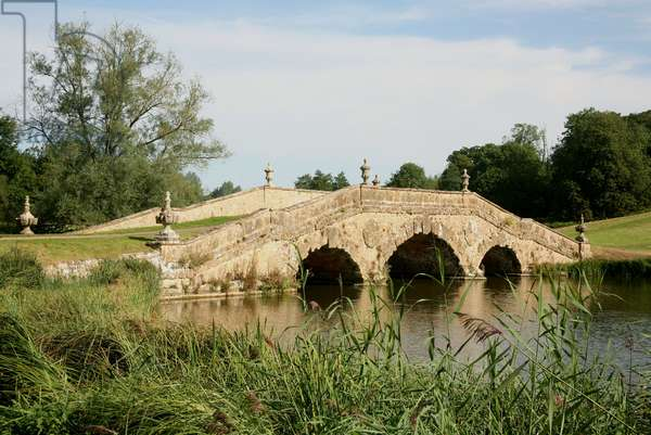 The Oxford Bridge, Stowe (photo)