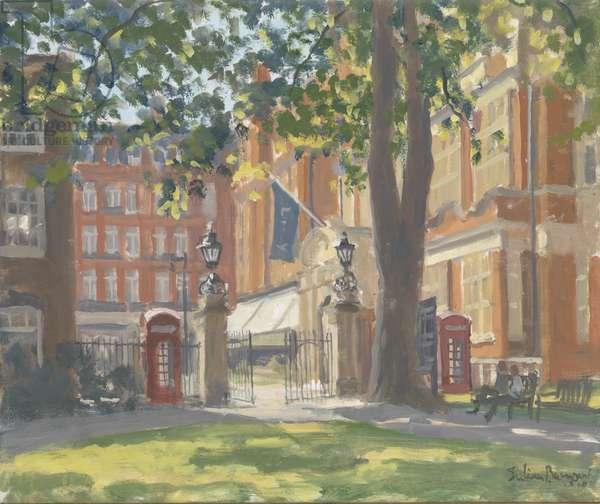 Mount Street Gardens, London, 2010 (oil on canvas)