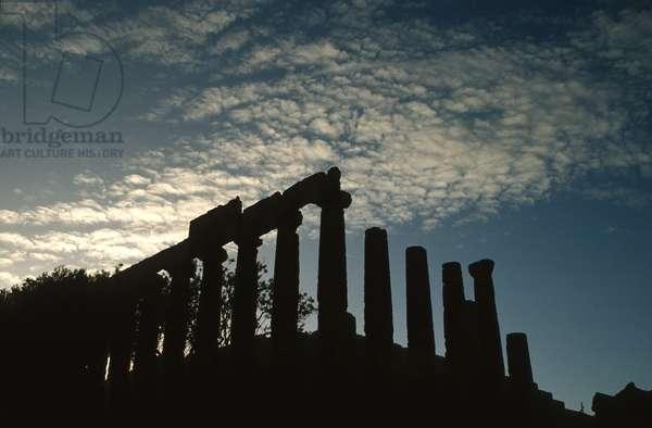 The Temple of Juno Lacinia (photo)