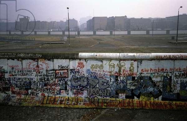 The Berlin Wall, 1988 (photo)
