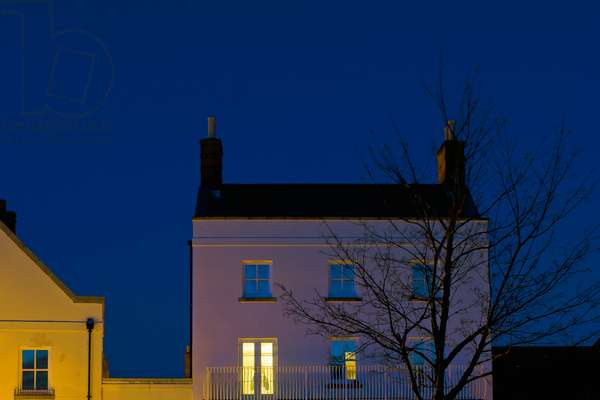 Night Windows 16