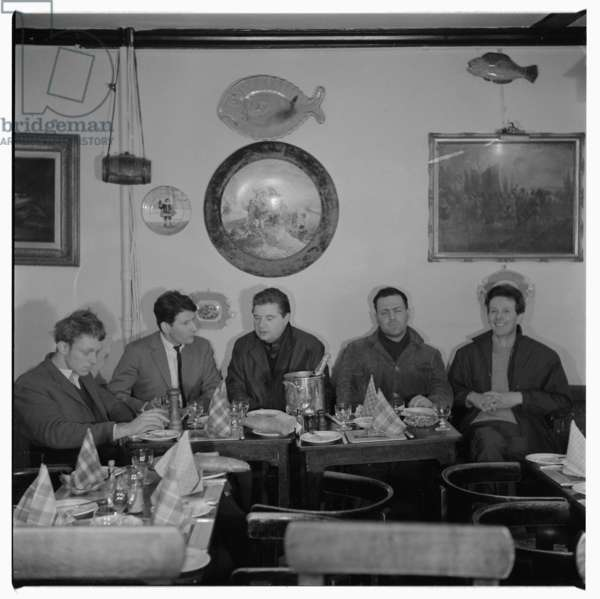 'The Last Supper', Wheelers Lunch, 1963 (b/w photo) (see also 5318260-83)