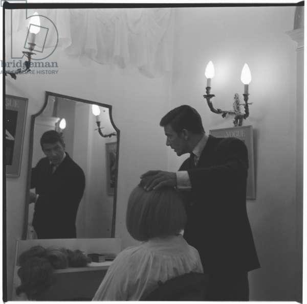 Raphael - Hairdresser, portrait of associate of Vidal Sassoon, hairdressing pioneer, London, UK, mid 1950's (b/w photo)