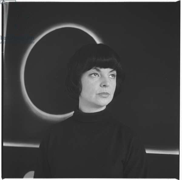 Sue Paine, c.1955 (b/w photo)