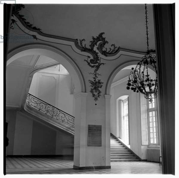 Staircase in palazzo, possibly Rome, c.1953 (b/w photo)