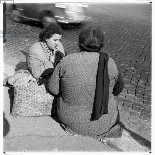 Italian women in Rome, c.1953 (b/w photo)