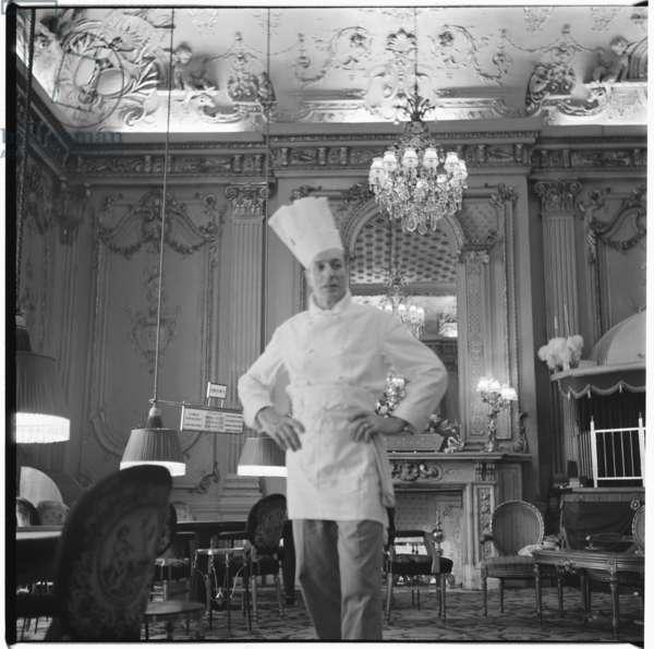 Chef Ceaseri, London, mid 1950's (b/w photo)