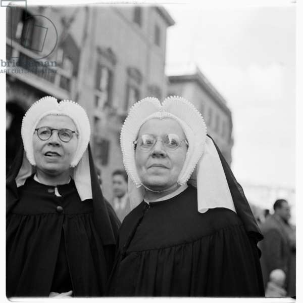 Image of two nuns in St Peters Square, Rome, Piazza San Pietro, Roma, Italy early 1950's