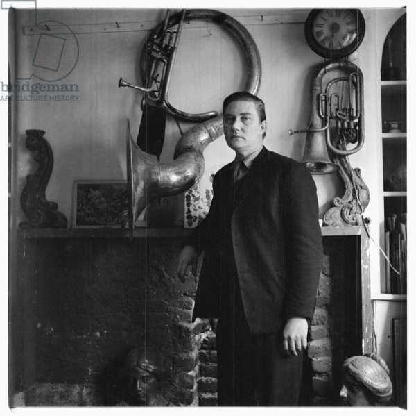 Alan Alan, portrait of magician Alan Alan, inventor of burning rope trick, London, UK, early 1960's (b/w photo)
