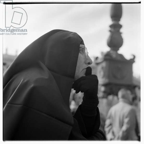 Nuns in Rome, early 1950's (b/w photo)