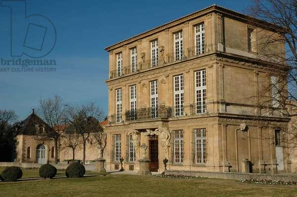 Architecture: view of the Pavillon de Vendome built by architect Antoine Matisse and decorated by sculptors Pierre Pavillon and Jean Claude Rambot for the Duke of Vendome. 1665-1668. Aix en provence (Bouches du Rhone)