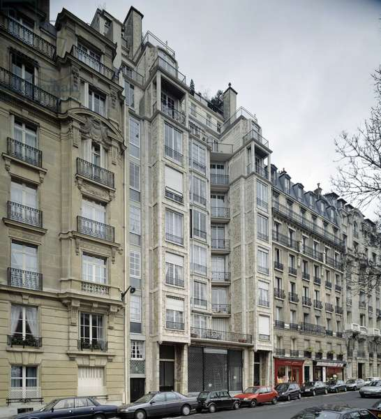 Architecture: view of the facade of the building of Perret, 25 bis rue Franklin in the 16th arrondissement of Paris. This is the first building with an integral reinforcement of concrete weapon made in 1904 by the architect Auguste Perret (1874-1954) DR