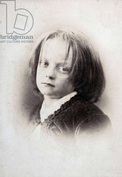 Paul Nadar (1856-1939) child. Photograph of his father Gaspard Felix Tournachon dit Felix Nadar (1820-1910), 1862. Albumine print. Dim: 16x21cm.