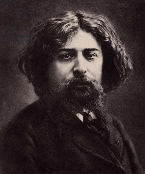 Portrait of Alphonse Daudet (1840-1897), French writer. Photograph by Gaspard Felix Tournachon dit Felix Nadar (1820-1910). Dim: 19,5x23,5cm.
