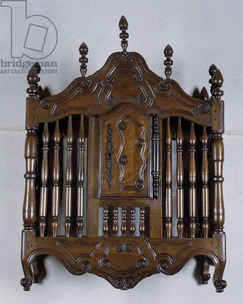 Decorative arts: walnut panetiere in the style of Fourques, 18th century. Musee du Vieux Marseille, Marseille