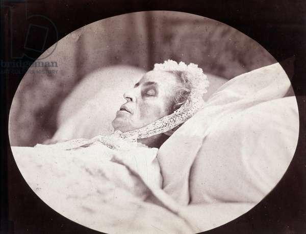 Marceline Desbordes-Valmore (Desbordes Valmore), French woman of letter and famous elegiac (1786-1859). Photograph by Gaspard Felix Tournachon dit Felix Nadar (1820-1910), 1859. Dim: 31x25,5cm. Albumine print.
