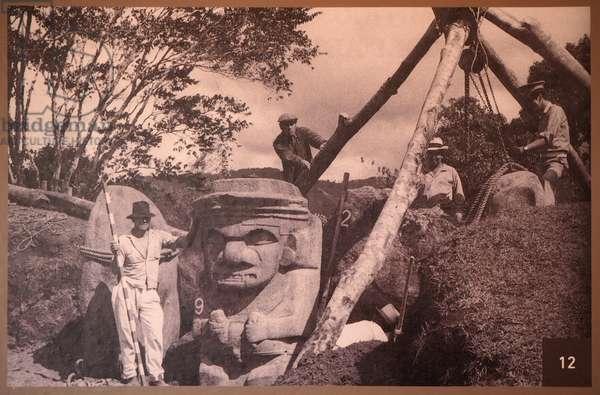 Archeological Park, Religious Monuments, Megalithes sculptures, Divinites and Animals, Archeologists Luis Duque Gomez and Julie Cesar Cubillos on excavations,, San Augustin, Colombia (photo)