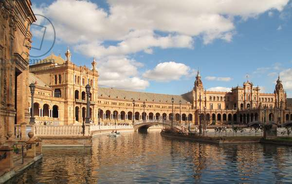 Plaza de Espana (Spanish Steps) in Seville (Spain), designed for the Ibero American Exhibition of 1929-1930, by architect Anibal Gonzalez (1876-1929)