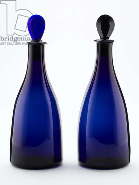 A pair of decanters, c.1790 (glass)
